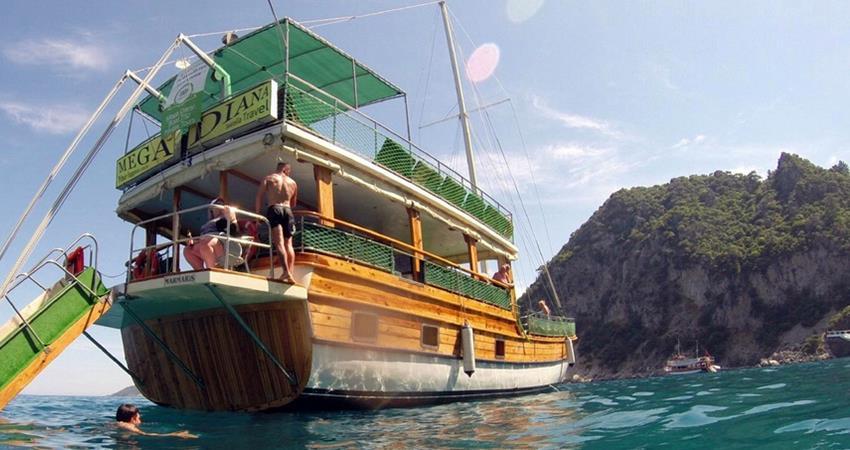 icmeler mega diana boat
