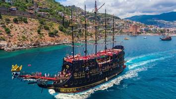 Alanya Pirate Boat Trip