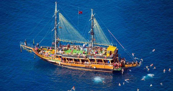 Side Manavgar Boat Trip