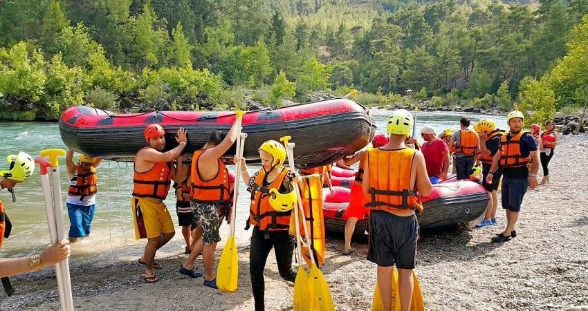 Side Jeep Safari And Rafting