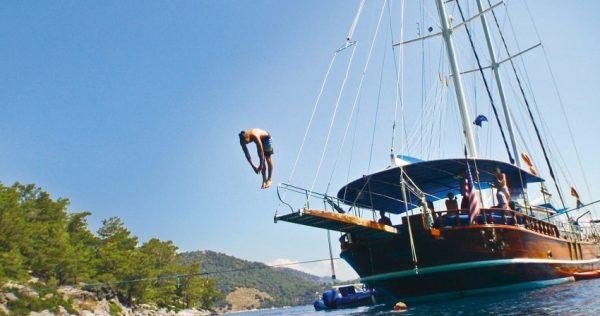 Alanya Catamaran Tour