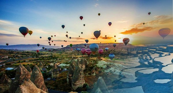 Hot air balloon ride in Pamukkale or Cappadocia