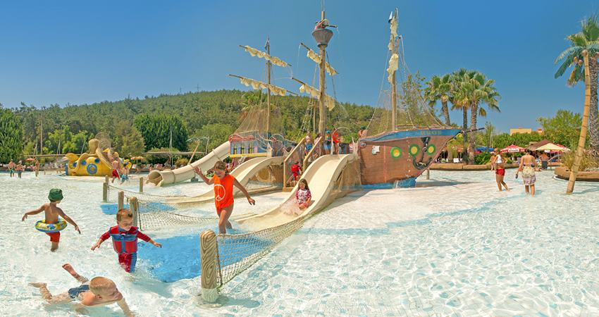 kusadasi aqua fantasy waterpark