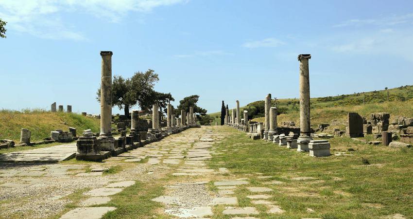 kusadasi pergamum asclepion tour
