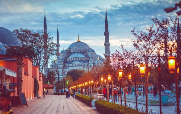 is it safe to travel to istanbul
