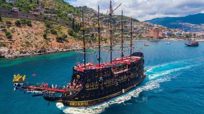 Belek Big Kral Pirate Boat Trip