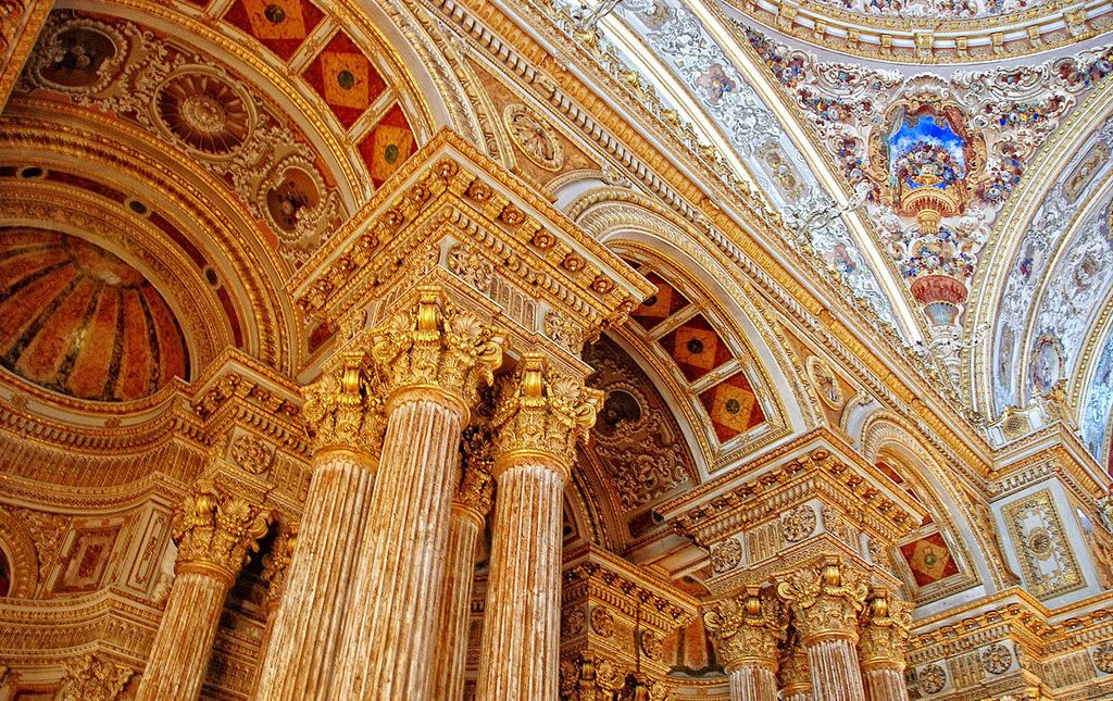 dolmabahce palace guided tour