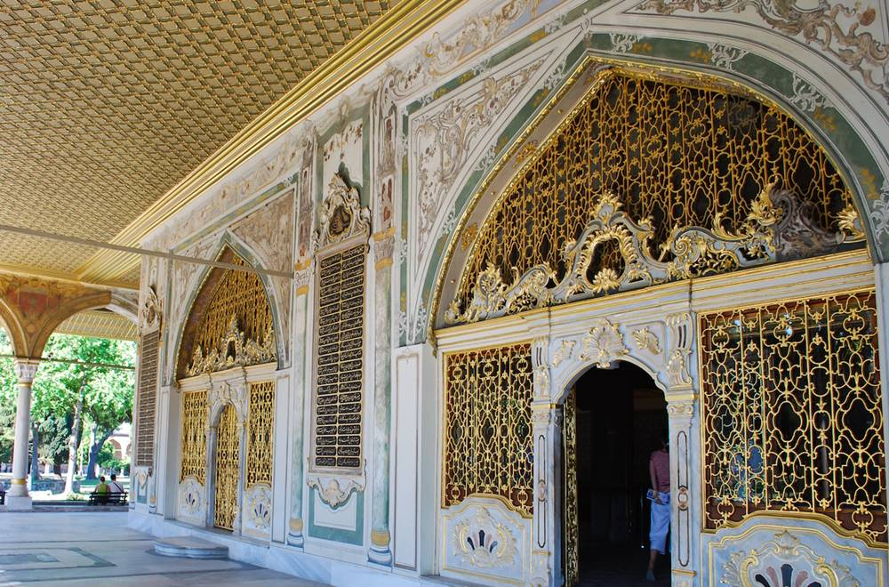 topkapi palace guided tour